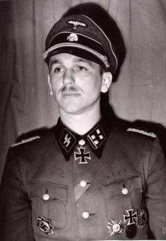 SS Obersturmbannführer Kurt Meyer.jpg
