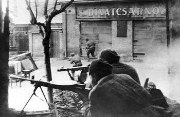 Soviet troops of the 3rd Ukrainian front in action amid the buildings of the Hungarian capital on February 5, 1945.jpg