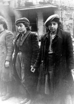Stroop_Report_-_Warsaw_Ghetto_Uprising_13.jpg