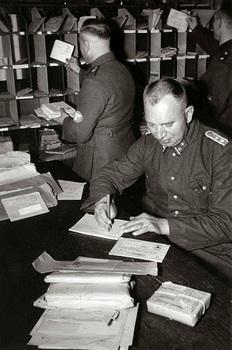 The_register_of_registered_letters__1940.jpg