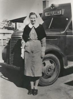 Vivian Bullwinkel at Puckapunyal Army Camp, Victoria, before she left for Singapore, 1941.jpg