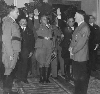 Walther Darré_Hitler.jpg