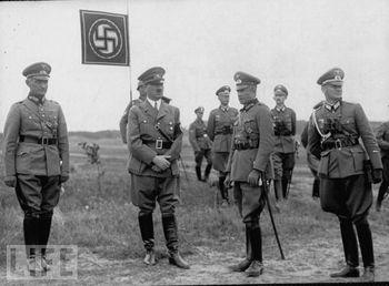 Walther Von Brauchitsch;Adolf Hitler.jpg