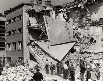 Warsaw bombing, September 1939.jpg
