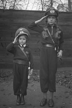 Wehrmacht Frauen.jpg