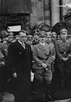 Wien, Arthur Seyß-Inquart, Adolf Hitler,Himmler,Heydrich, Kaltenbrunner.jpg