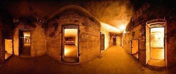 alexanderplatz_bunker.jpg