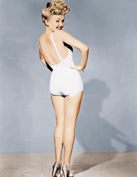 betty-grable-world-war-ii-pin-up-1943.jpg