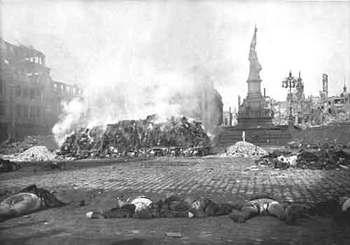 bombing Dresden 1945.jpg