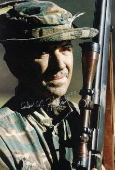carlos-hathcock-marine-sniper_93k.jpg