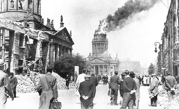 gendarmenmarkt-may-1944.jpg