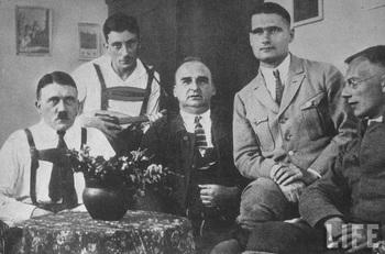 hess_hitler_1924.jpg