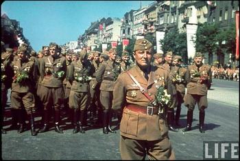 oberstleutnant-hans-seidemann-stabschef-of-legion-condor-in-parade-ceremony.jpg