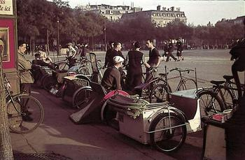 occupied Paris, 1940.jpg