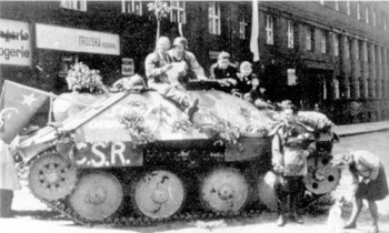 uprising in Prague_Hetzer.jpg