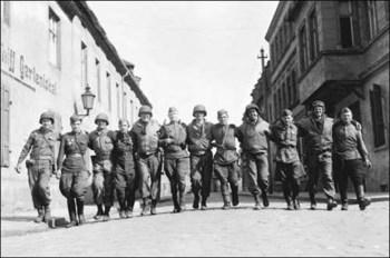us_soviet_troops_elbe.jpg